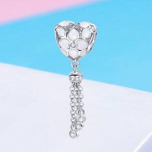 Talisman din argint White Hearts Tassel