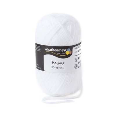Acryl Yarn Bravo White 08224