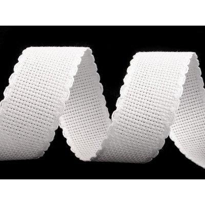 Banda pentru brodat alba - latime 3 cm