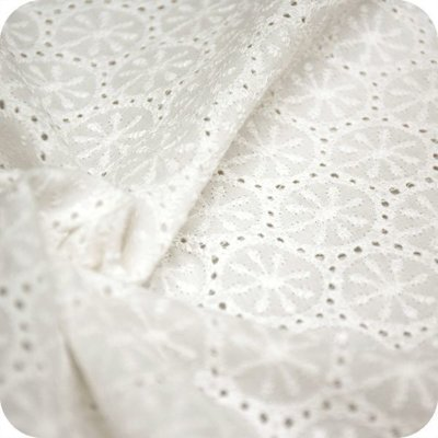 Bumbac subtire cu broderie Deluxe Ivory