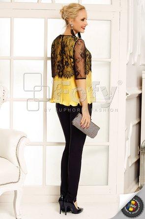 Bluză din mătase plisată galbenă cu platcă și mâneci din dantelă
