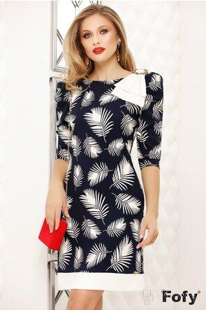 Rochie Fofy bleumarin cu imprimeu frunze stilizate si maneci trei sferturi