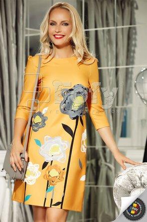 Rochie galbenă cu flori supradimensionate