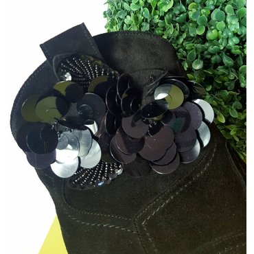Ciocate dama negre Kira cu aplicatie florala