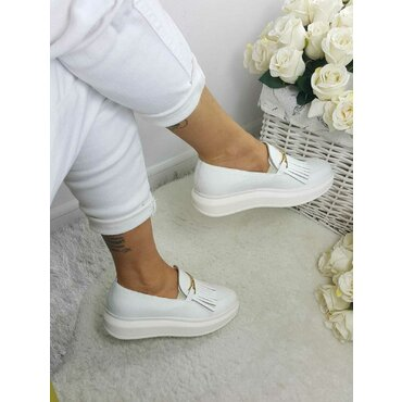 Pantofi casual piele alba Klara cu accesoriu si franjuri