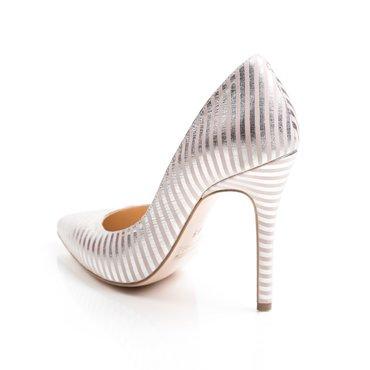 Pantofi stiletto nud roze din piele naturala imprimeu Eva