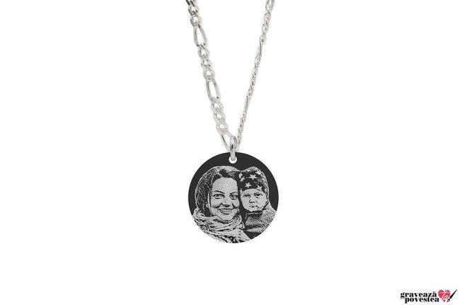 Colier banut 22 mm personalizat gravura foto Argint 925 rodiat (lant Figaro)