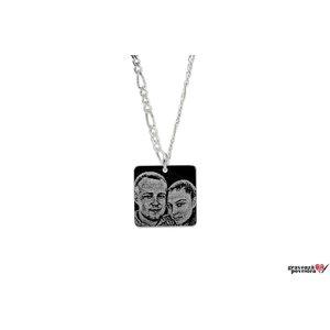 Colier patrat 15 mm personalizat gravura foto Argint 925 rodiat (lant Figaro)