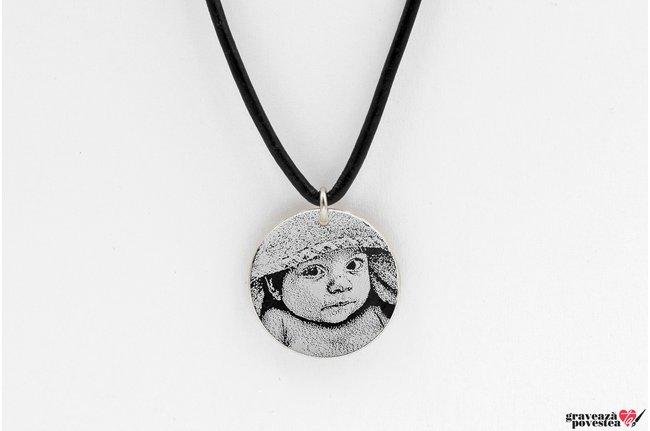 Colier piele subtire banut 22 mm personalizat gravura foto Argint 925 rodiat