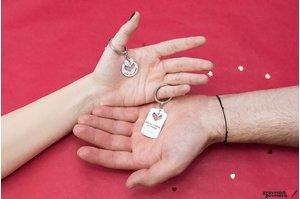 Brelocuri cuplu placuta cu inima decupata personalizate gravura text Argint 925 rodiat