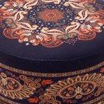 Aman Taburet, Textil, Albastru