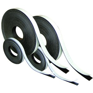 Banda magnet isotropic cu adeziv la rolă grosime 1,5mm