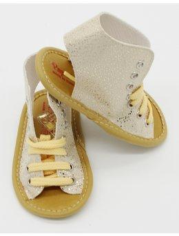 Sandale crem cu picatele