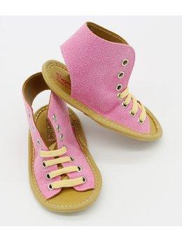 Sandale roz deschis cu siret