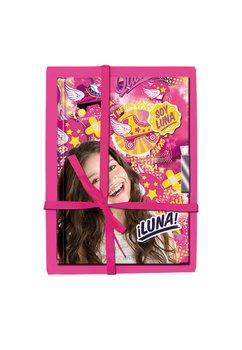 Carnetel, Soy Luna, roz
