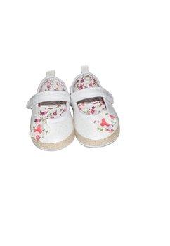 Papucei bebe, albi cu floricica si scai