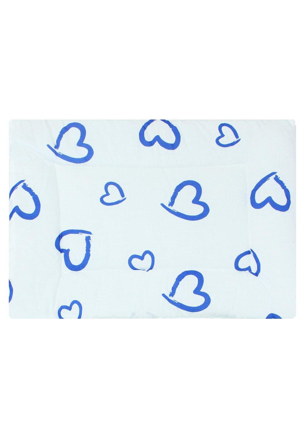Perna slim, alba cu inimioare albastre, 37x28cm imagine