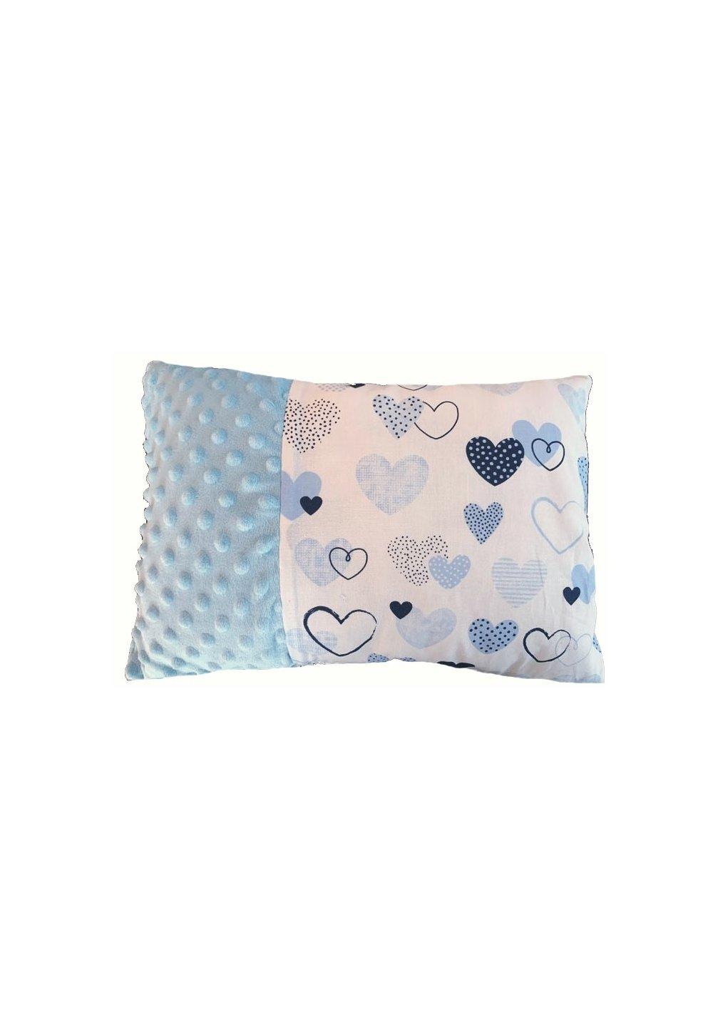 Perna, minky, alb cu inimioare albastre, 30x40cm imagine