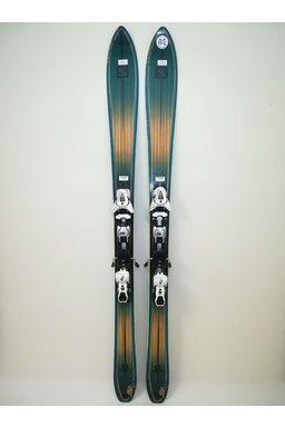 Ski Salomon V Shape SSH 3282