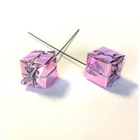 Decoratiune cadou roz