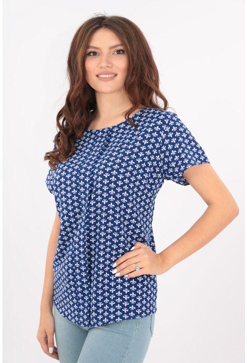 Bluza lejera albastra cu print abstract alb