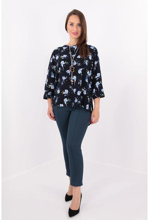 Bluza lejera bleumarin cu print floral