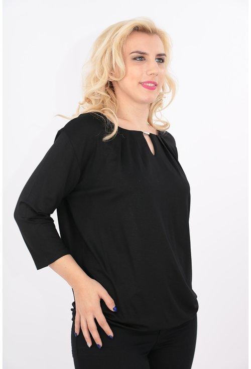 Bluza neagra cu catarama argintie