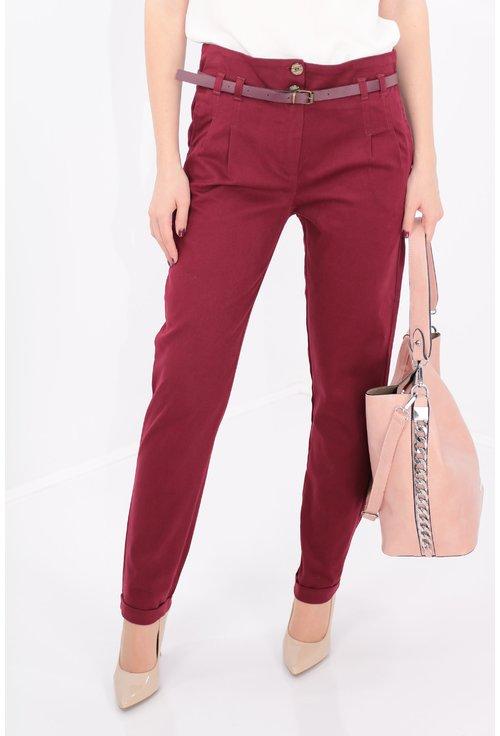 Pantaloni conici bordo cu curea