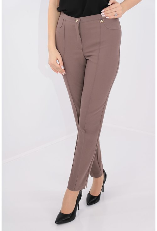 Pantaloni conici cafenii din stofa elastica
