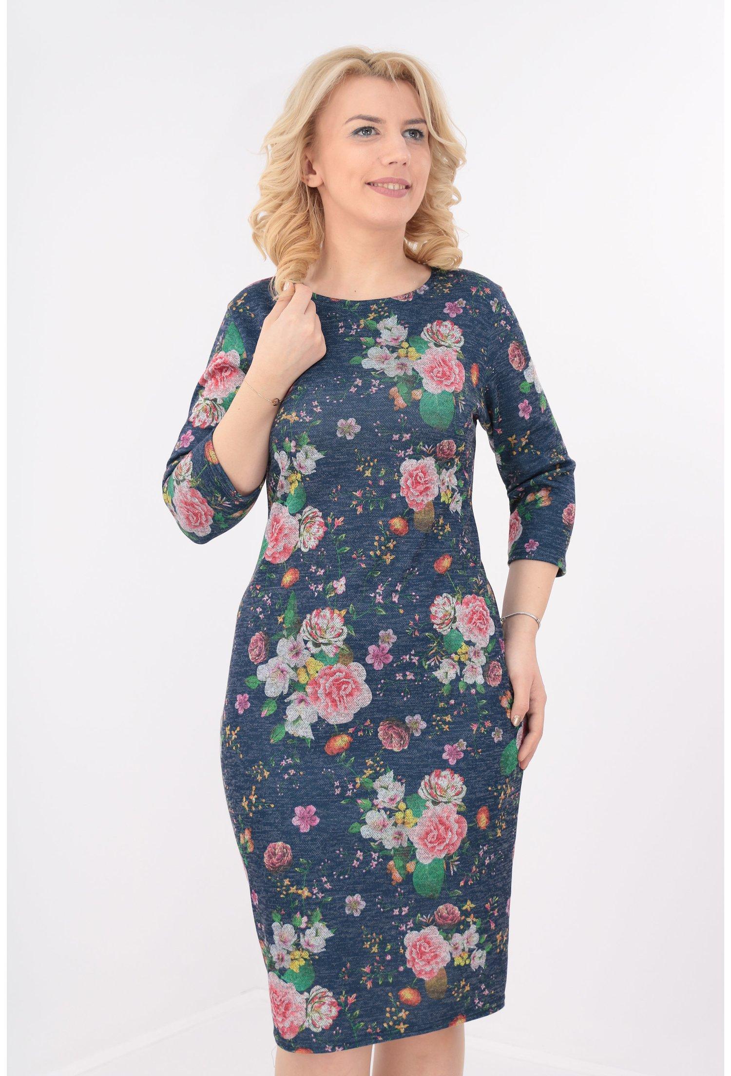 Rochie bleumarin cu desen floral