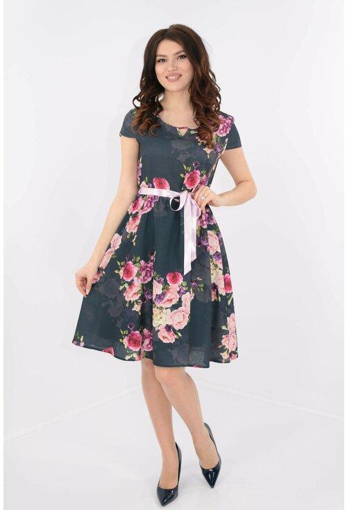 Rochie clos cu imprimeu floral cu trandafiri