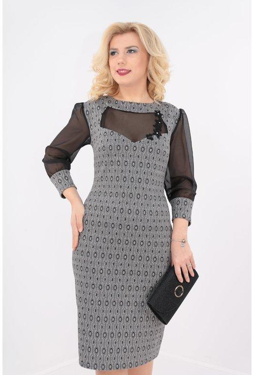 Rochie eleganta cu insertii argintii si voal