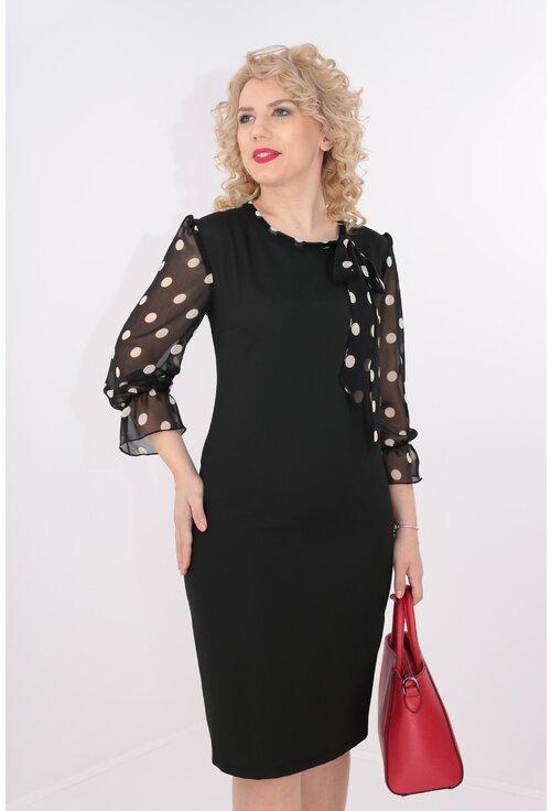 Rochie neagra cu maneci si esarfa din voal negru cu buline