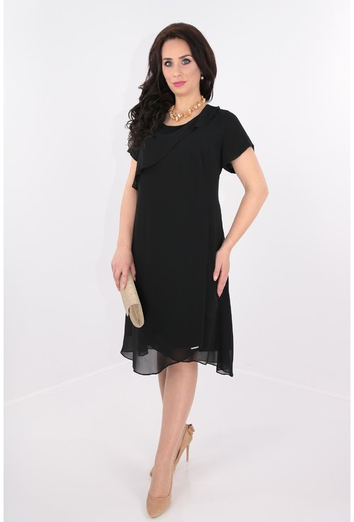Rochie neagra cu voaluri suprapuse