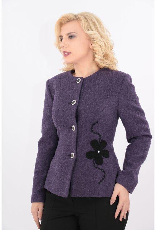 Sacou violet din lana cu aplicatie hand made