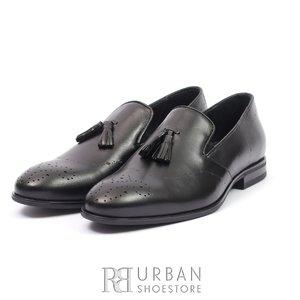 Pantofi eleganti barbati din piele naturala cu ciucuri, Leofex - 899 Negru Box