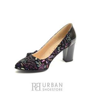 Pantofi dama cu varf ascutit din piele intoarsa- 822 Negru Velur Desene