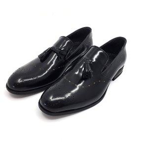 Pantofi eleganti din piele naturala - 899 negru lucios