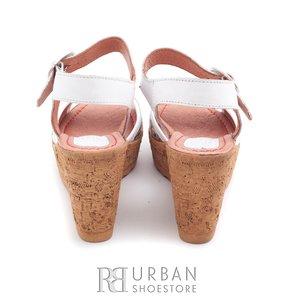 Sandale din piele naturala cu platforma - 038-2 bej-flori