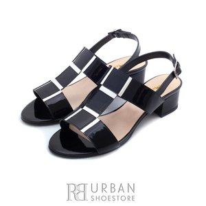 Sandale din piele naturala lacuita - S8 negru